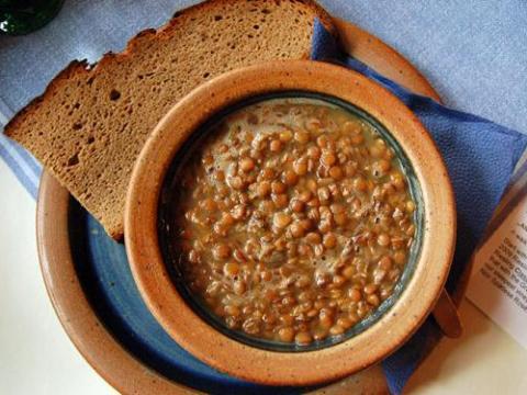 Sai perché…. è bene mangiare le lenticchie non solo a Natale?